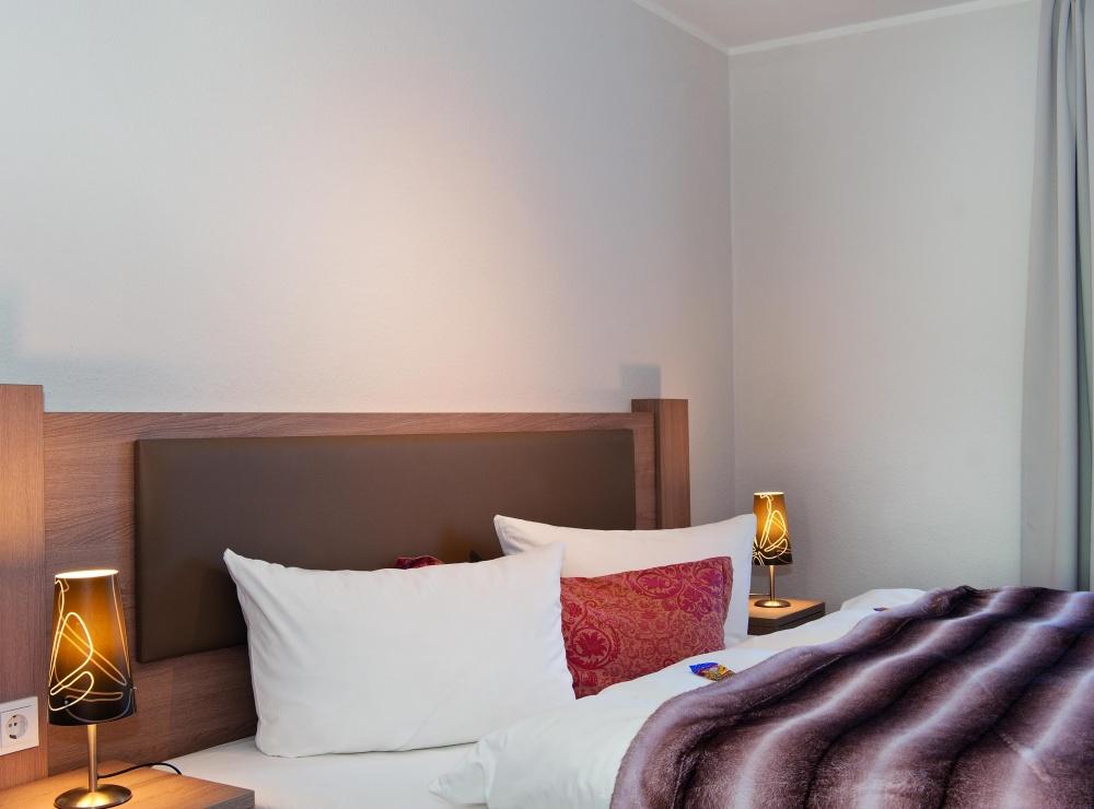 detail-schlafzimmer-landhaus-weissig-2