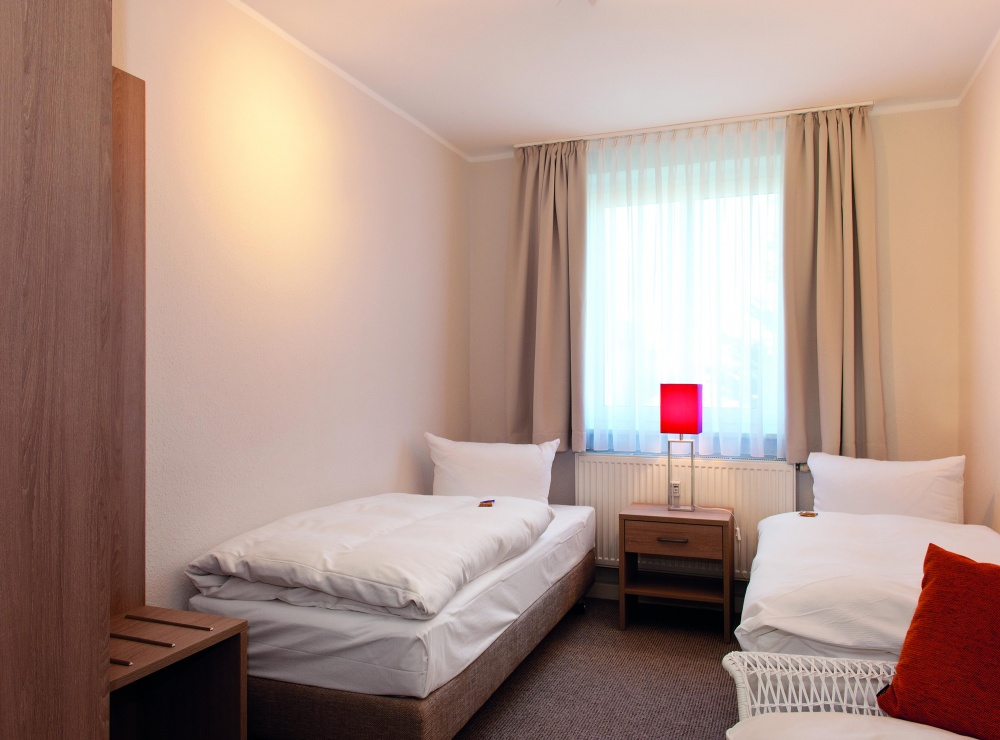 schlafzimmer-2-landhaus-weissig-2