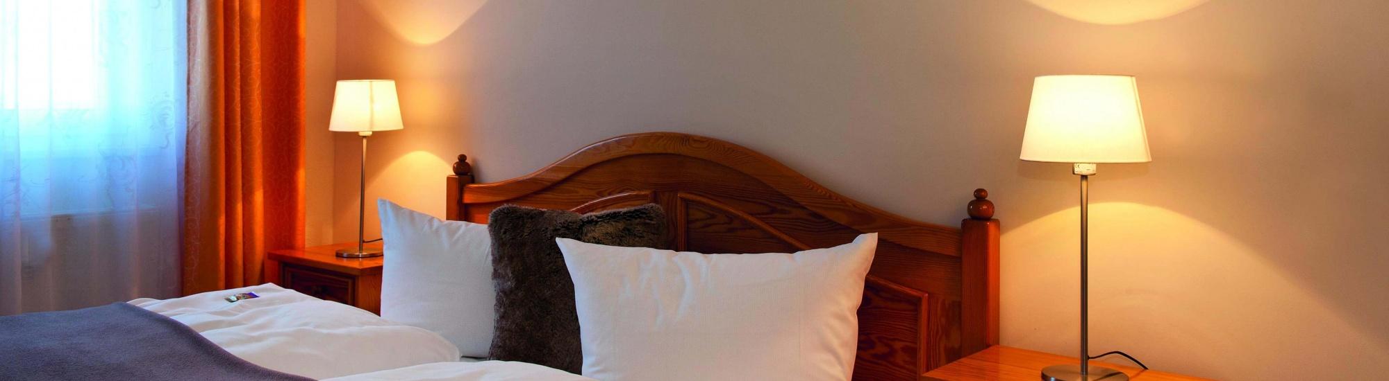 schlafzimmer-landhaus-weissig-1